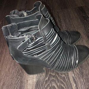 Circus by Sam Edelman black boots